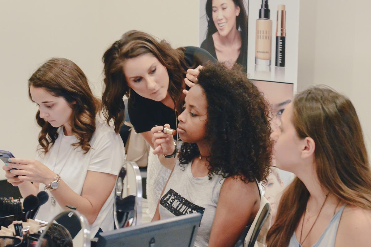 The Quirky Pineapple x Bobbi Brown Beginner Beauty Makeup